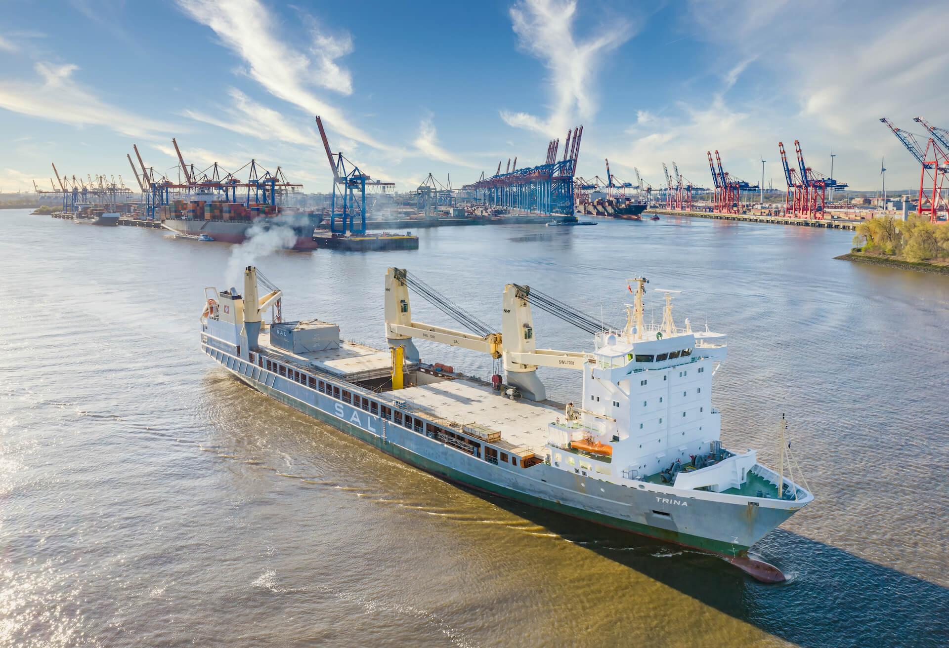 Schiff mit Synthesegasgenerator